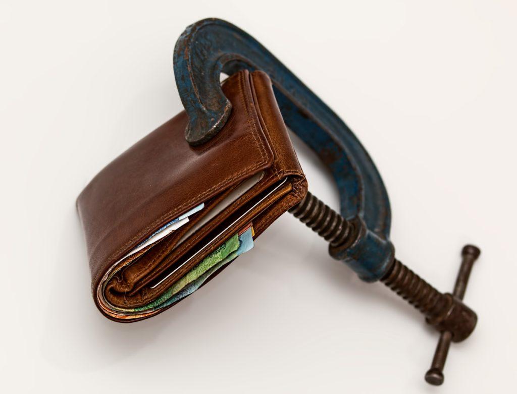 kolik stoji dluh hlavni obrazek